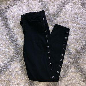 BDG size 27 high-rise black skinny jeans